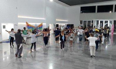 Los Centros Culturales ofrecen diversos talleres y clases abiertas gratuitas